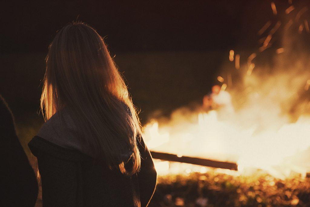 attorno al fuoco